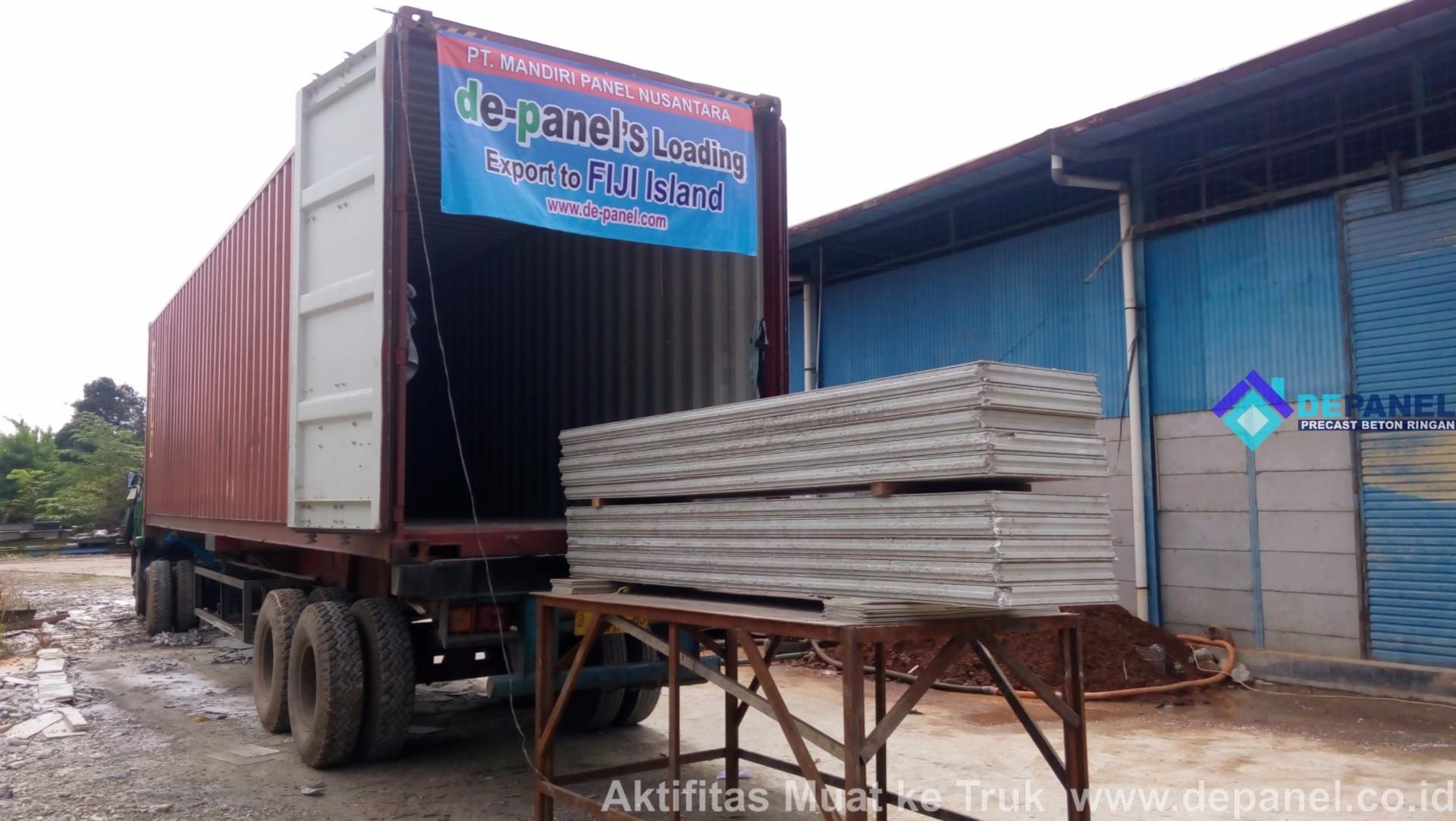 depanel, panel beton, beton ringan, loading, truk